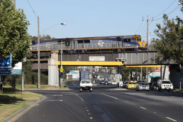 VL355 and VL356 pass over Dynon Road on their way into North Dynon