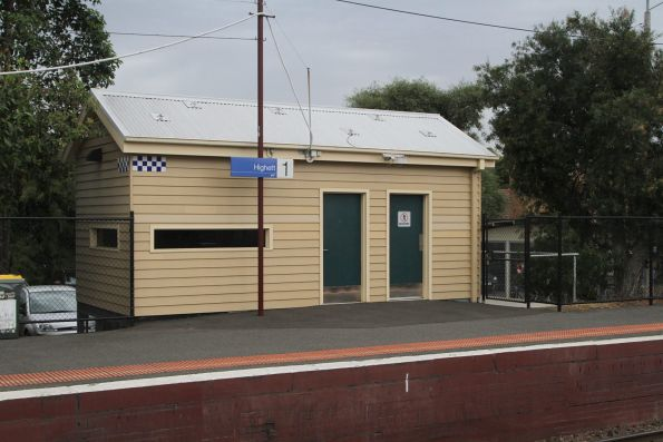 Heritage styled PSO pod at Highett platform 1