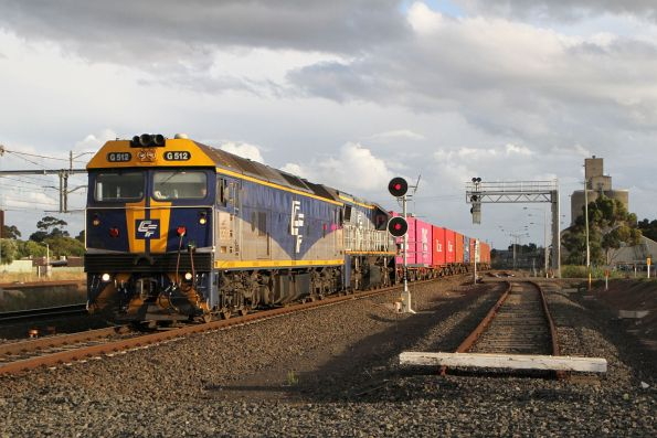 G512 leads VL360 on the down Ultima freight into Sunshine