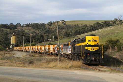 X31 and B76 with a loaded train ready to depart the quarry siding at Kilmore East