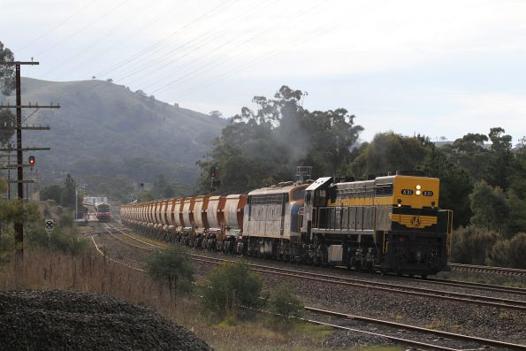 X31 and B76 lead their loaded train out of Kilmore East