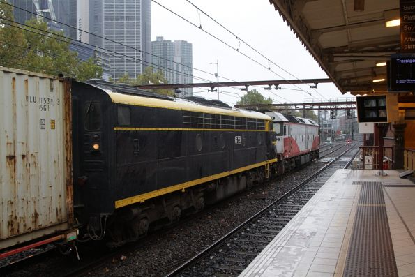 G532 leads S313 on the up Maryvale freight at Flinders Street Station