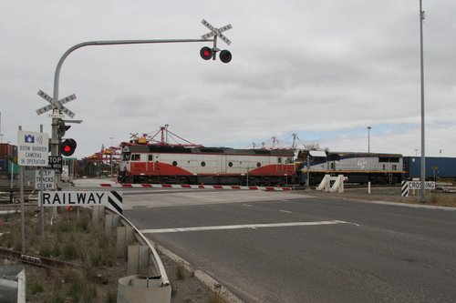 G532 and VL256 lead the up Maryvale freight over Dock Link Road bound for Victoria Dock