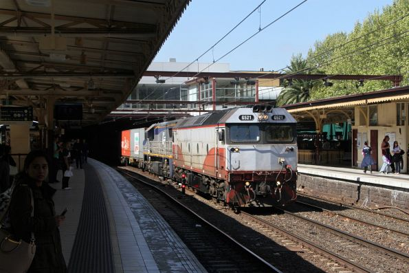 G521 leads VL356 on the up Maryvale through Flinders Street Station