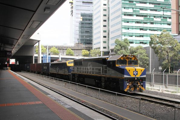 VL360 leads B80 on the up Maryvale train along the goods lines at Southern Cross