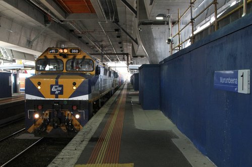VL360 leads VL356 on the up Maryvale service through Murrumbeena station