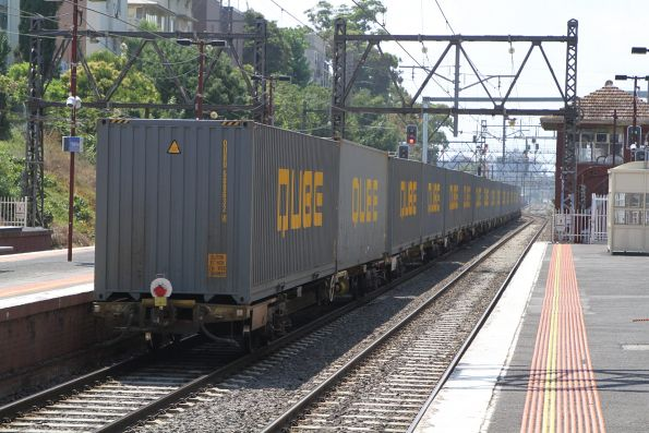 Tail end of the up Maryvale freight passes through South Yarra
