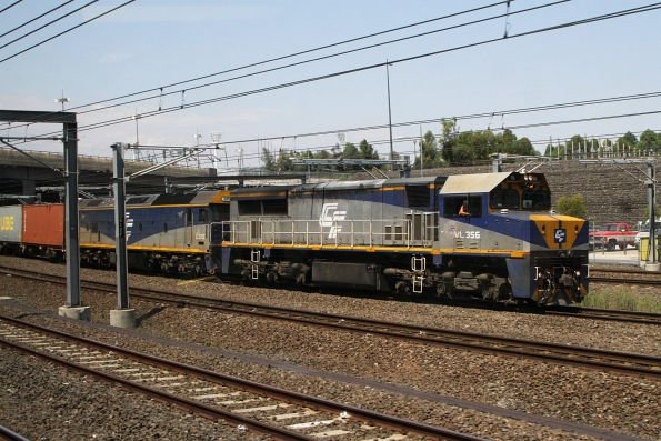 VL356 leads G515 on the up Maryvale freight towards Flinders Street Station