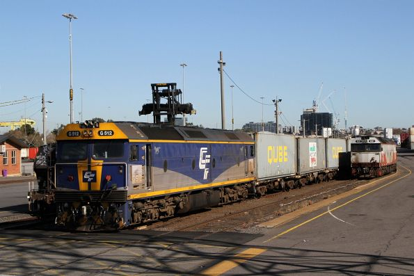 G512 and G521 at North Dynon with wagons for the Maryvale freight