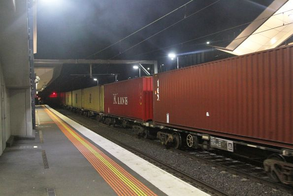 40 foot containers on the Qube down Tocumwal freight