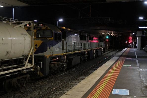 VL360 leads VL356 through Sunshine on the down Qube service bound for Tocumwal