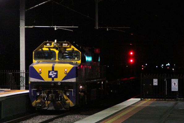 VL360 trails G521 push pull on an ARTC spoil train at Sunshine