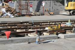 Expansion gaps in the rails being laid across Queens Bridge