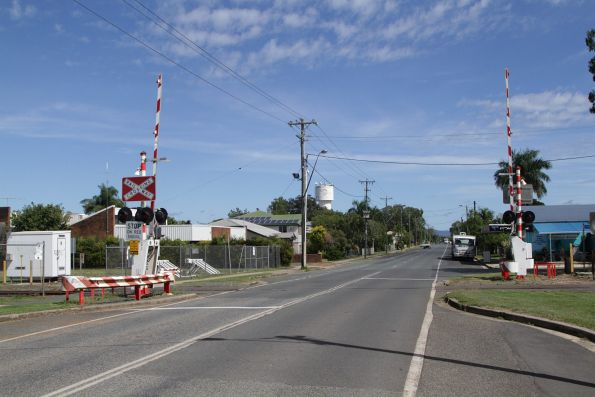 Level crossing on the North Coast line at Main Street, Proserpine