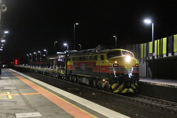 B75 push-pull with S312 and T363 on an empty rail train from Tottenham Yard to Anzac Siding via Sunshine