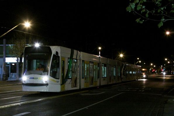 Rescuing a failed D2 class tram, September 2012