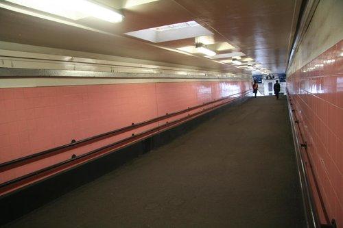 Pink to platform 1/2