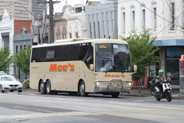 Mee's coach #27 BS00PD at Park and Clarendon Street in South Melbourne