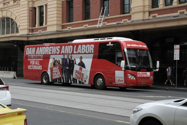 Sandhu Bus Lines bus BS00RG decked out for Daniel Andrew's 2018 State Election campaign