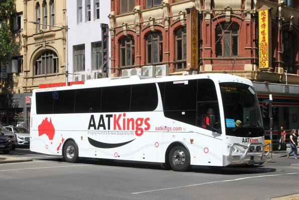 AAT Kings coach #28 BS04GL at Russell and Little Bourke Street