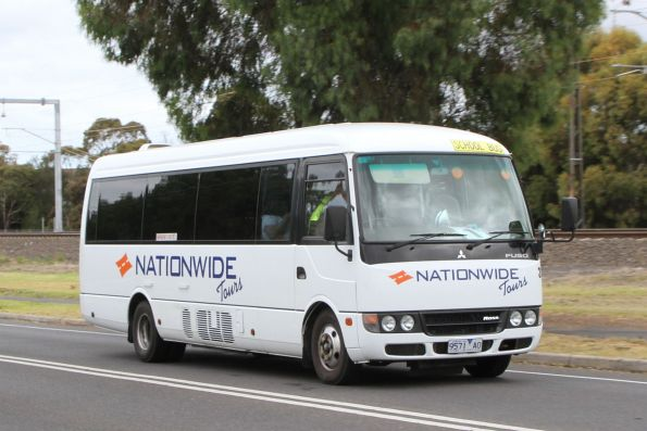 Nationwide Tours minibus #310 9571AO on St Albans Road, Albion