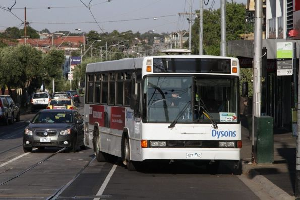 Dysons bus #115 4271AO stops for passengers on Maribyrnong Road on a route 82 replacement service