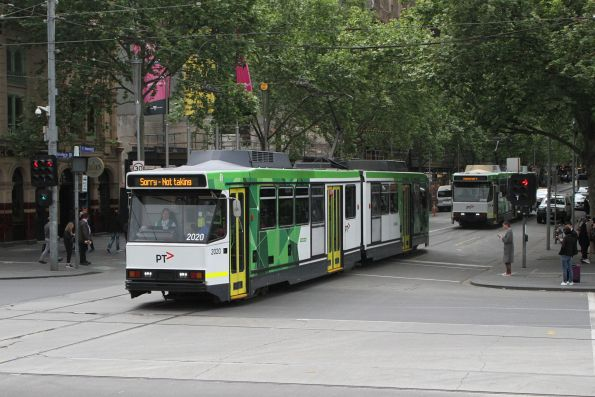 B2.2020 on transfer to South Melbourne at Swanston and Flinders Street