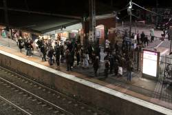 Congestion exiting Footscray platform 4