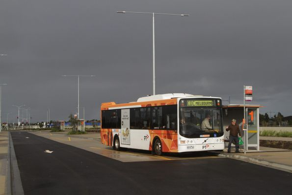 CDC Melbourne bus #128 rego 9074AO delivers a group of visitors to the Wyndham Vale station open day