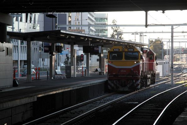 N461 waiting at Southern Cross platform 15 before another RRL related driver training run