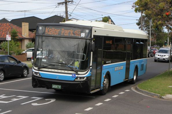 Ryans bus #69 BS05TF on route 465 along Milleara Road, Keilor East