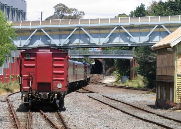 Down Warrnambool service led by S302 approaches the Geelong Tunnel