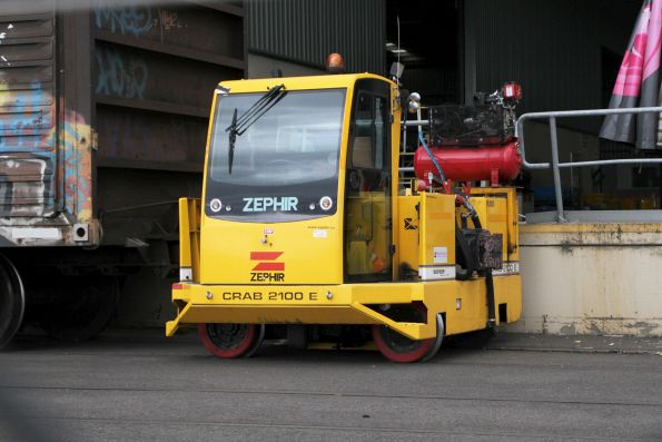 Zephir Crab 2100 E electric railcar mover at the Sadleirs siding at Spotswood
