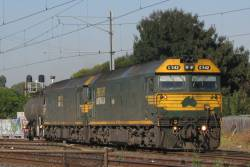 G542 leads a light engine move from SCT Altona at Newport
