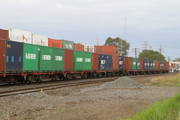 20 foot containers at the rear of the SCT Dooen freight