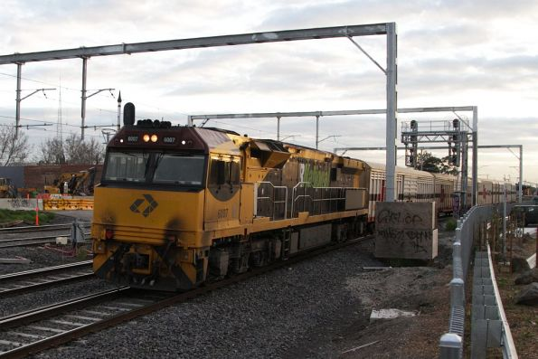 QRN 6007 at Middle Footscray, leading the SCT van transfer from Altona to North Dynon
