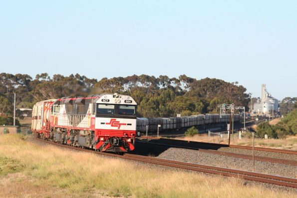 SCT004 leads SCT011 westbound outside Lara
