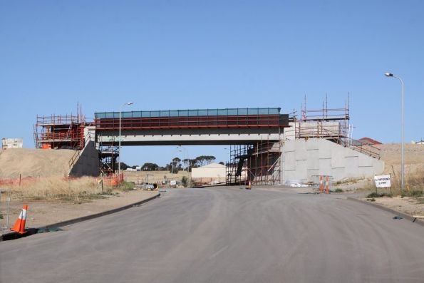 Bridge span in place over Old Honeypot Road