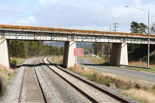 SEC railway crossing over the VR mainline at Morwell
