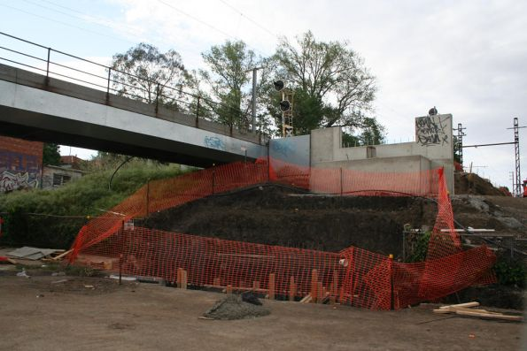 Down end abutment for the new Merri Creek bridge