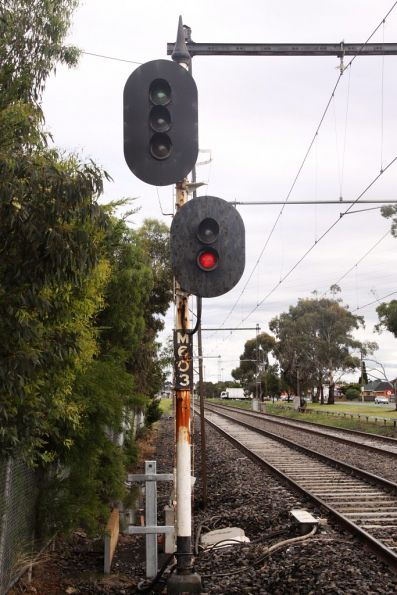 3 position 'Style R' colour light signal M603 at St Albans