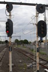 Signals 20 and 22 for up trains departing St Albans platforms 2 and 3 respectively