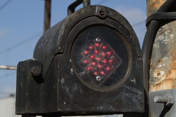 LED array retrofitted into the 'B' arm of a signal in suburban Melbourne
