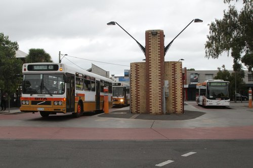 Sita bus #73 rego 2373AO departs Yarraville with a route 431 service