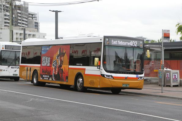 Sita bus #140 BS01ZK on route 402 at Footscray station