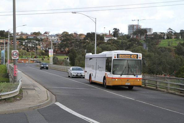 Sita bus #110 7646AO on route 472 over the Maribyrnong River at Flemington Racecourse