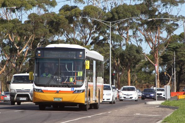 Sita bus #147 BS03RN on route 471 along Little Boundary Road, Laverton North