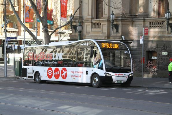 SkyBus #43 BS03RQ on a SkyBus Link service at Collins and Swanston Street