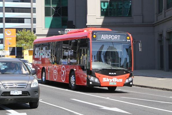 SkyBus Melbourne #214 BS03QR airport bound from St Kilda on Kings Way
