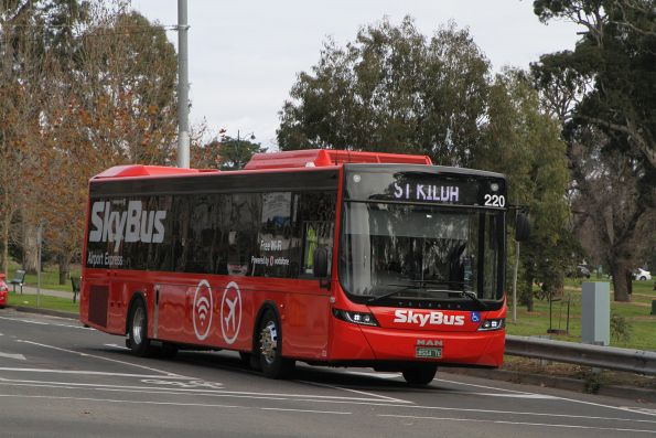 SkyBus Melbourne bus #220 BS04TE at St Kilda Junction